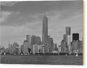 Downtown Manhattn - Freedom Tower Wood Print by Yue Wang