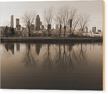 Reflections Wood Print by Robert Knight