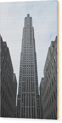 Wood Print featuring the photograph 30 Rockefeller Center by Christopher Kirby