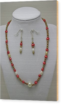 3539 Pearl Necklace And Earring Set Wood Print by Teresa Mucha