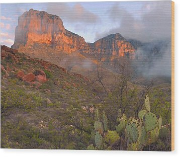 Guadalupe Mountains Sunrise Wood Print