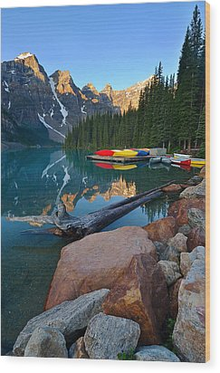 Moraine Lake Wood Print by Bernard Chen