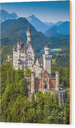 Neuschwanstein Fairytale Castle Wood Print