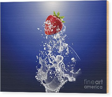 Strawberry Splash Wood Print