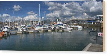 Sutton Harbour Plymouth Wood Print by Chris Day