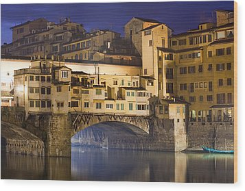 Vecchio Bridge At Night Wood Print by Andre Goncalves