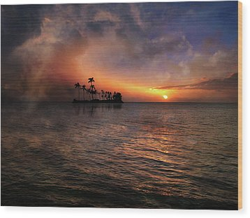 Wood Print featuring the photograph 4419 by Peter Holme III