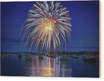 Wood Print featuring the photograph 4th Of July Fireworks by Rick Berk