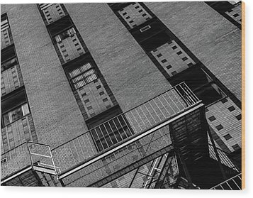 Wood Print featuring the photograph 5 Park Street by Bob Orsillo