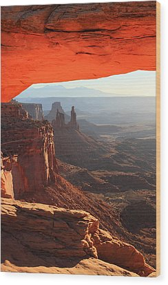 Mesa Arch Sunrise In Canyonlands National Park Wood Print by Pierre Leclerc Photography