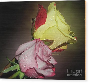 Wood Print featuring the photograph Roses by Elvira Ladocki