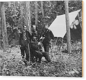 Civil War: Soldiers Wood Print by Granger