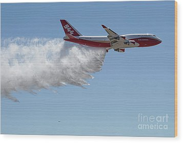 747 Supertanker Drop Wood Print