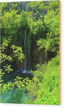 Waterfall In Plitvice National Park In Croatia Wood Print
