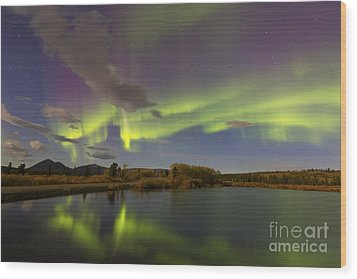 Aurora Borealis With Moonlight At Fish Wood Print by Joseph Bradley