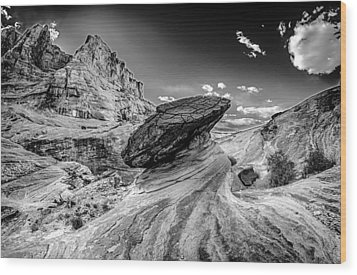 Hoodoos At Stud Horse Point In Arizona Wood Print by Alex Grichenko