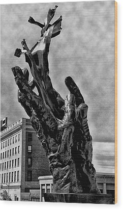 911 Memorial - Norristown Wood Print by Bill Cannon