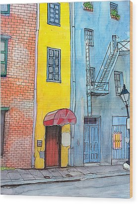 98  French Quarter Back Alley Wood Print by John Boles