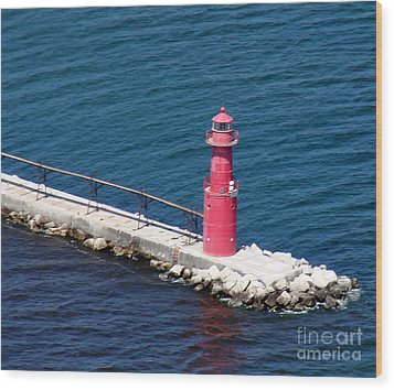 Wood Print featuring the photograph A-004 Algoma Lighthouse Wisconsin by Bill Lang