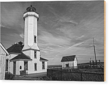 A Beacon Of Light - Bw Wood Print by Kerry Langel