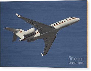 A Bombardier Global 5000 Vip Jet Wood Print by Timm Ziegenthaler