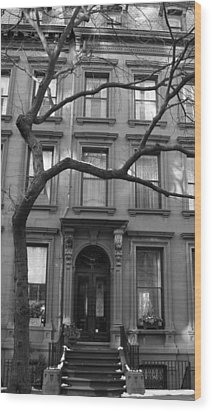 A Brownstone In Brooklyn Wood Print