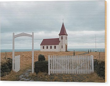Wood Print featuring the photograph A Church With No Fence by Dubi Roman
