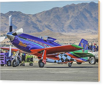 A Closer Look At Voodoo Engine Start Sundays Unlimited Gold Race Wood Print