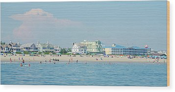 Wood Print featuring the photograph A Day At The Beach - Cape May New Jesey by Bill Cannon