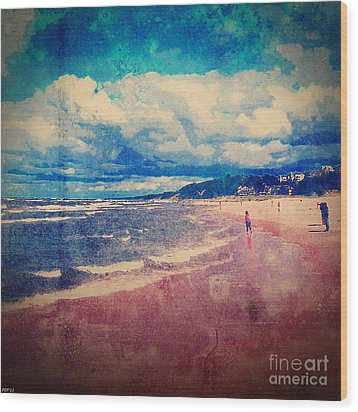Wood Print featuring the photograph A Day At The Beach by Phil Perkins