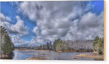 Wood Print featuring the photograph A Dusting Of Snow by David Patterson