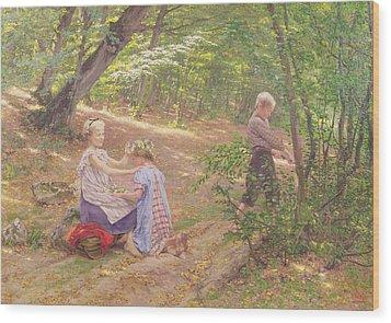A Garland Of Flowers Wood Print by Frigyes Friedrich Miess