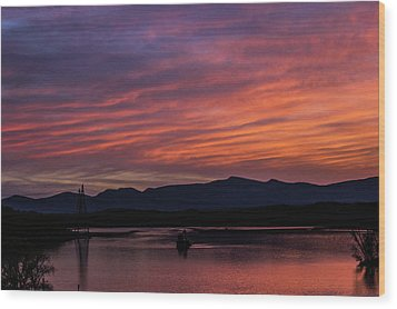 A Glowing Sunset Over The Catskill Mountains Wood Print