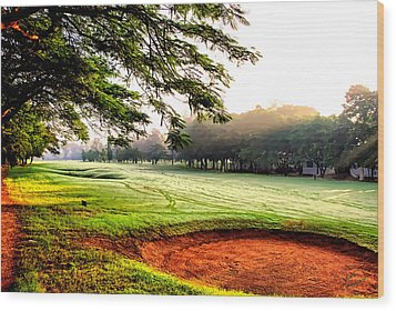 Wood Print featuring the photograph A Hazy Morning For Golf by Kathy Tarochione