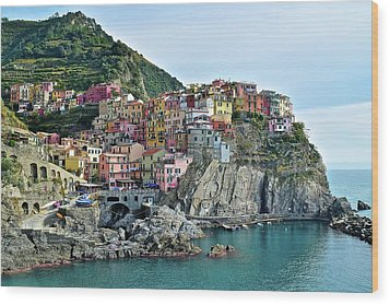 Wood Print featuring the photograph A Manarola Morning by Frozen in Time Fine Art Photography