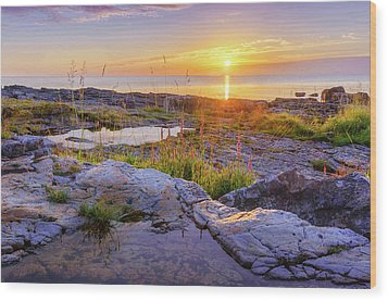 Wood Print featuring the photograph A New Day's Born by Dmytro Korol