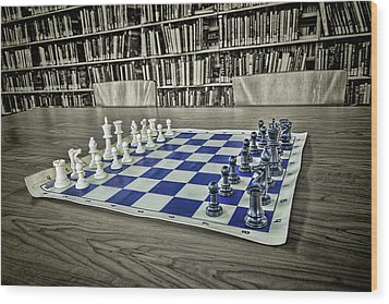 Wood Print featuring the photograph A Nice Game Of Chess by Lewis Mann