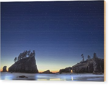 Wood Print featuring the photograph A Night For Stargazing by William Lee