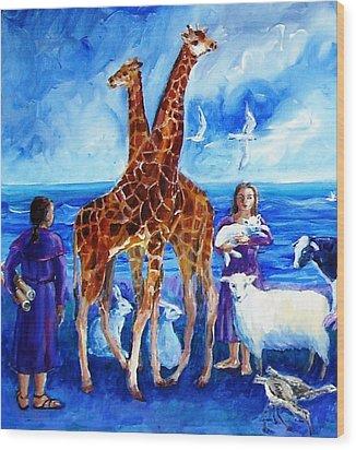 A Pair Of Giraffes Wood Print by Trudi Doyle