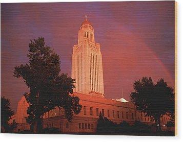 A Rainbow Shines Over The Nebraska Wood Print by Joel Sartore
