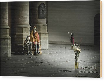 Wood Print featuring the photograph A Scene In Oude Kerk Amsterdam by RicardMN Photography