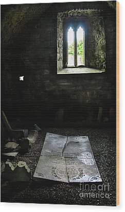 Wood Print featuring the photograph A Tombstone In Sligo Abbey by RicardMN Photography