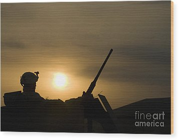 A Us Soldier Mans His .50 Caliber While Wood Print by Terry Moore