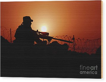 A U.s. Special Forces Soldier Armed Wood Print by Stocktrek Images