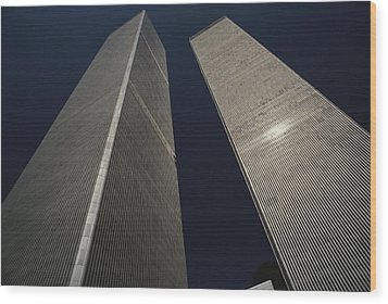 A View Of The Twin Towers Of The World Wood Print by Roy Gumpel