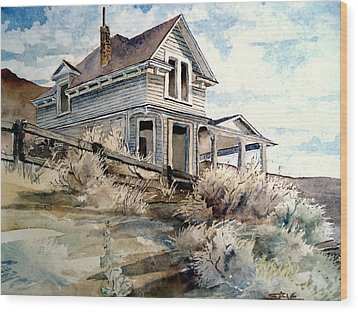 Abandoned House Wood Print by Steven Holder