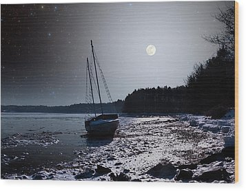 Wood Print featuring the photograph Abandoned Sailboat by Larry Landolfi