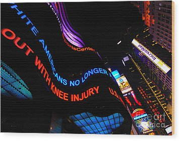 Abc News Scrolling Marquee In Times Square New York City Wood Print by Amy Cicconi