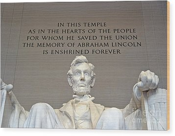 Abraham Lincoln Statue - 2 Wood Print