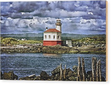 Across From The Coquille River Lighthouse Wood Print by Thom Zehrfeld